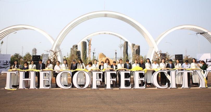 Khánh thành cổng chào và giới thiệu dự án Thành Phố Cà Phê
